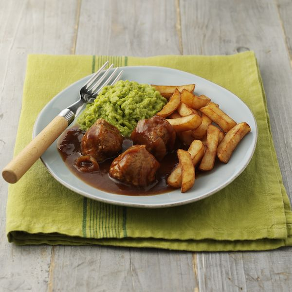 Meatballs, Chips & Mushy Peas