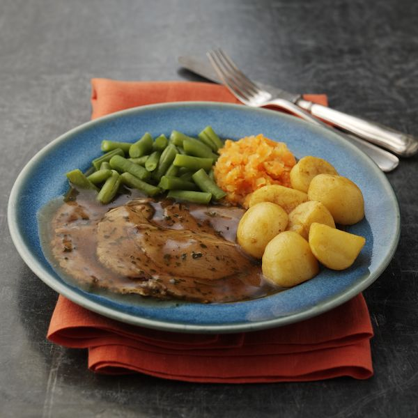 Ready meals delivered to your door wiltshire farm foods for Best gravy for lamb