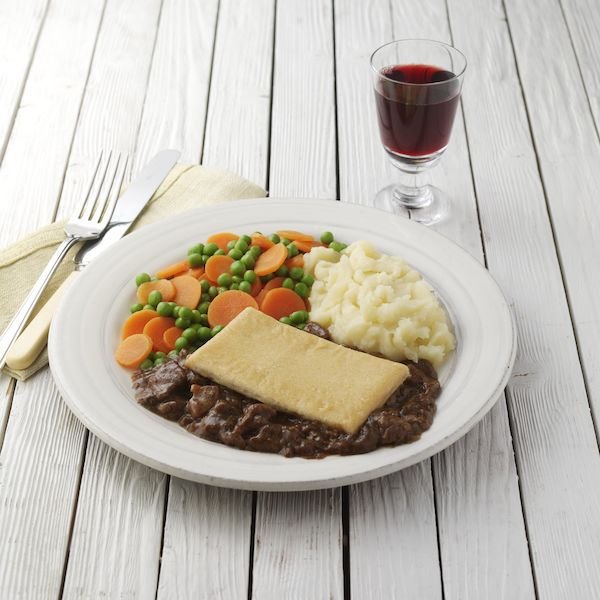 Hearty Steak Kidney Pie Ready Meal- Wiltshire Farm Foods